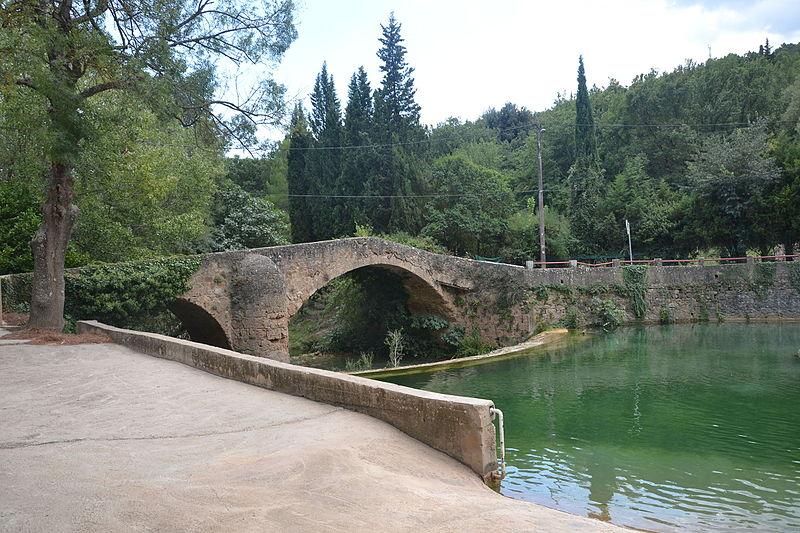 Photo du Monument Historique Pont du Gourgaret sur la Bresque situé à Salernes