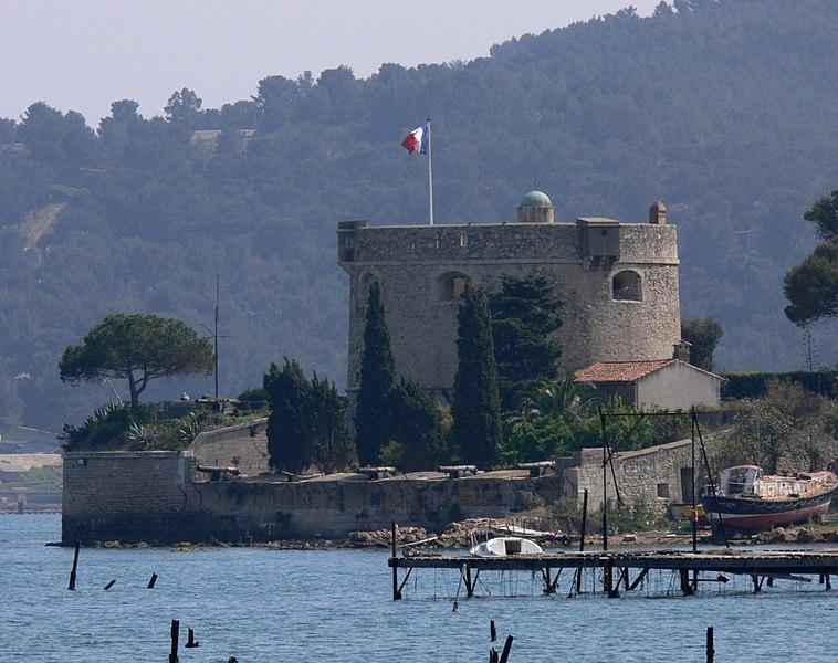 Photo du Monument Historique Fort de Balaguier situé à La Seyne-sur-Mer