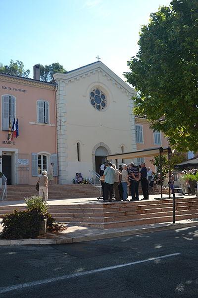 Photo du Monument Historique Eglise paroissiale situé à Taradeau