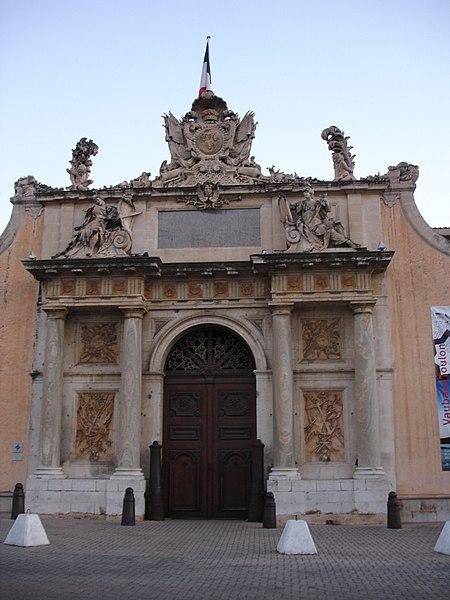Photo du Monument Historique Musée de la Marine situé à Toulon
