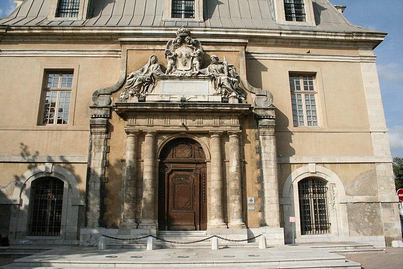 Photo du Monument Historique Ancienne corderie situé à Toulon
