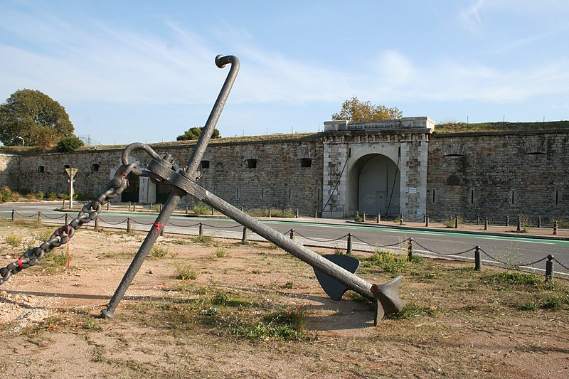 Photo du Monument Historique Porte Malbousquet, anciennement Porte Gambin situé à Toulon