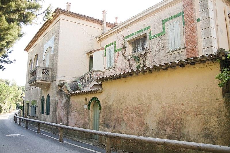 Photo du Monument Historique Villa La Hune situé à Saint-Tropez