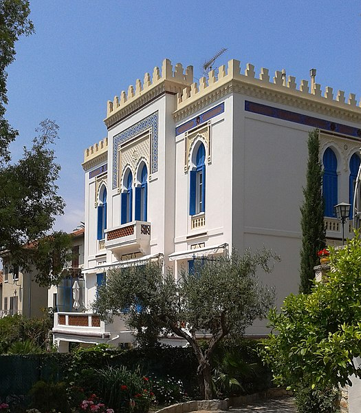 Photo du Monument Historique Villa Tunisienne situé à Hyères
