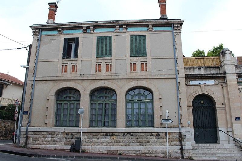 Photo du Monument Historique Ecole élémentaire des Trois-Quartiers situé à Toulon