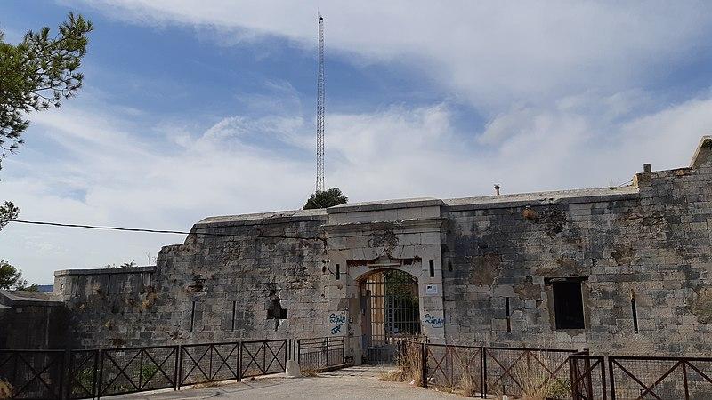 Photo du Monument Historique Fort du Grand Saint-Antoine, sis colline du Faron situé à Toulon