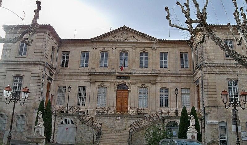 Photo du Monument Historique Palais épiscopal situé à Apt