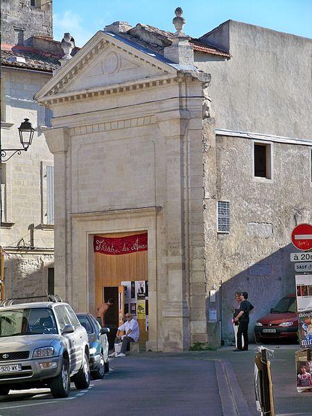 Photo du Monument Historique Chapelle des Pénitents Violets situé à Avignon
