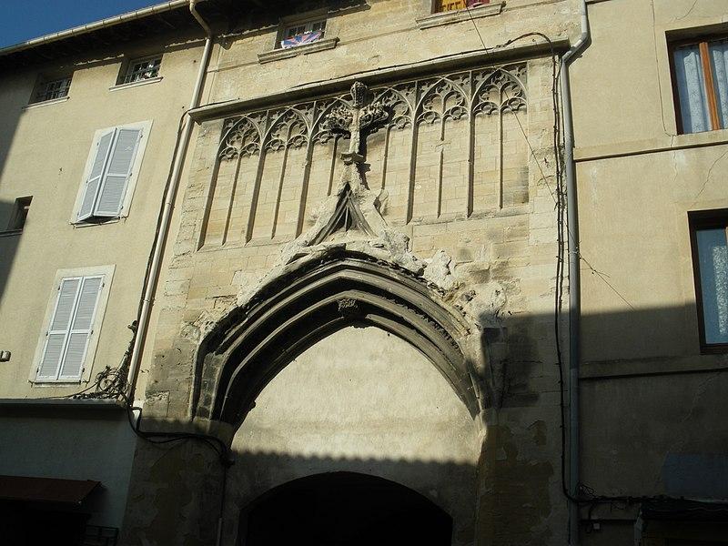 Photo du Monument Historique Hôtel de la Croix-Blanche situé à Avignon