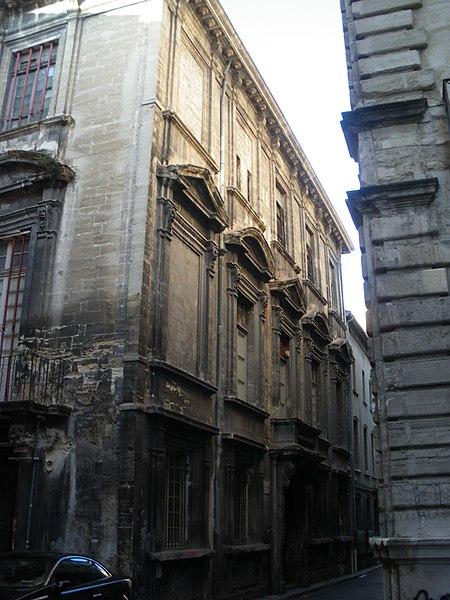 Photo du Monument Historique Hôtel Fortia de Montréal situé à Avignon