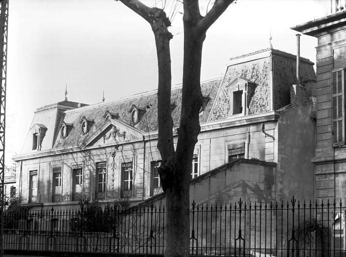 Photo du Monument Historique Hôtel de Montfaucon situé à Avignon