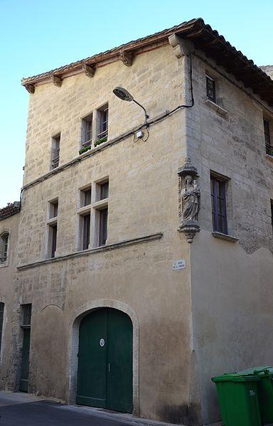 Photo du Monument Historique Hôtel de Valabrègue situé à Avignon