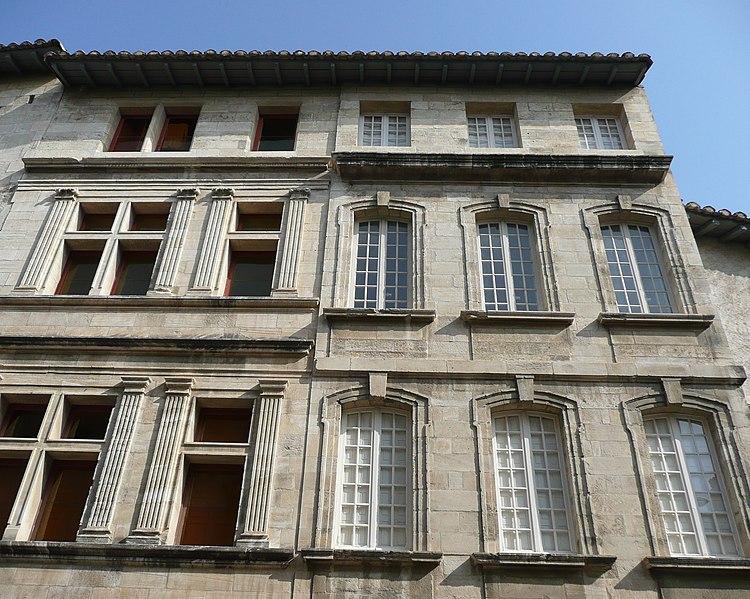 Photo du Monument Historique Immeubles situé à Avignon
