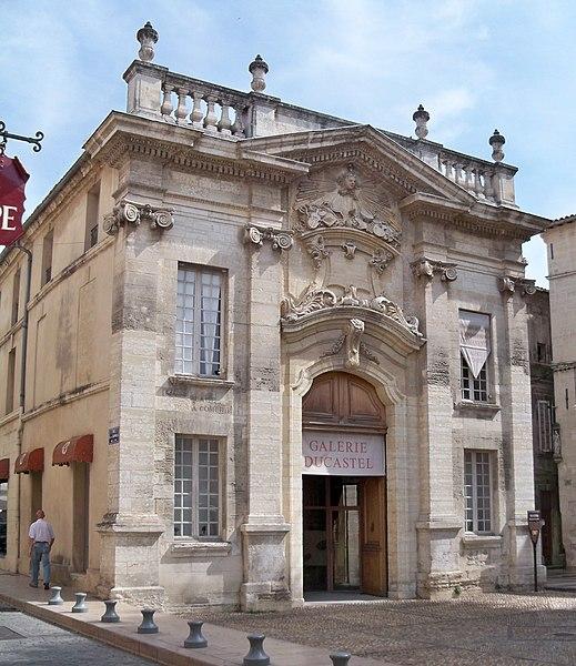 Photo du Monument Historique Immeuble ou ancienne Comédie situé à Avignon