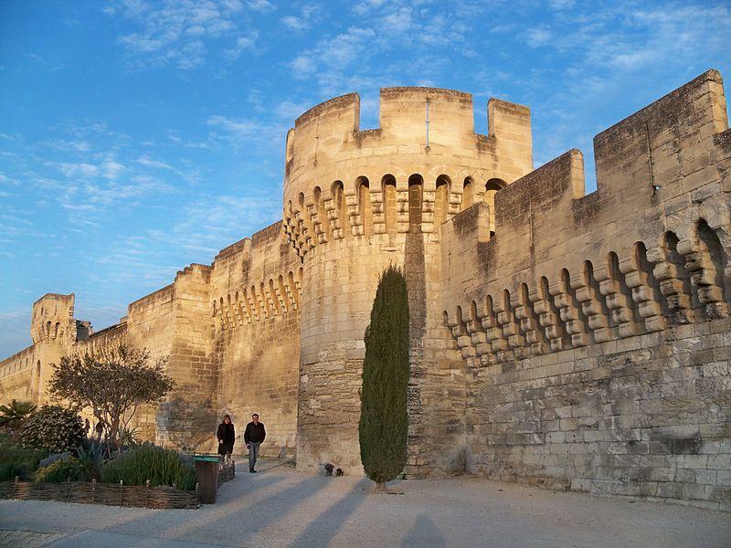 Photo du Monument Historique Remparts et leurs abords situé à Avignon