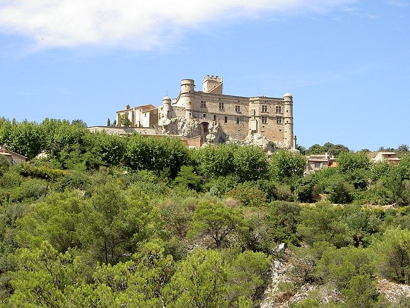 Photo du Monument Historique Château du Barroux situé à Le Barroux