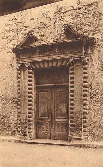 Photo du Monument Historique Chapelle des Récollets situé à Bollène