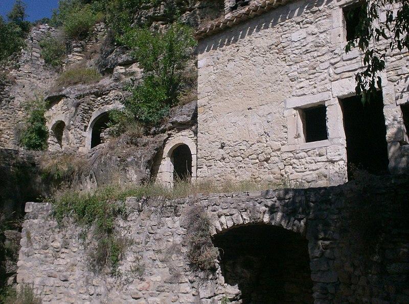 Photo du Monument Historique Fort de Barry (restes du) situé à Bollène