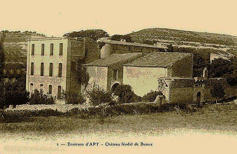 Photo du Monument Historique Château situé à Buoux