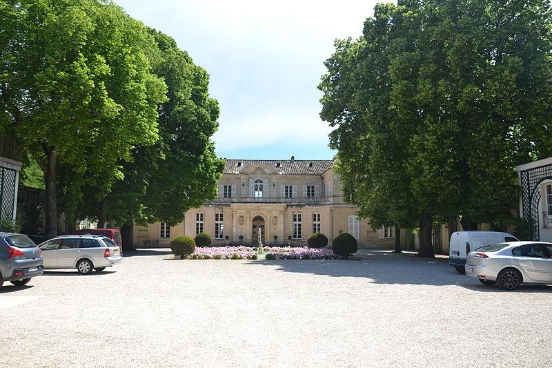 Photo du Monument Historique Château du Martinet situé à Carpentras