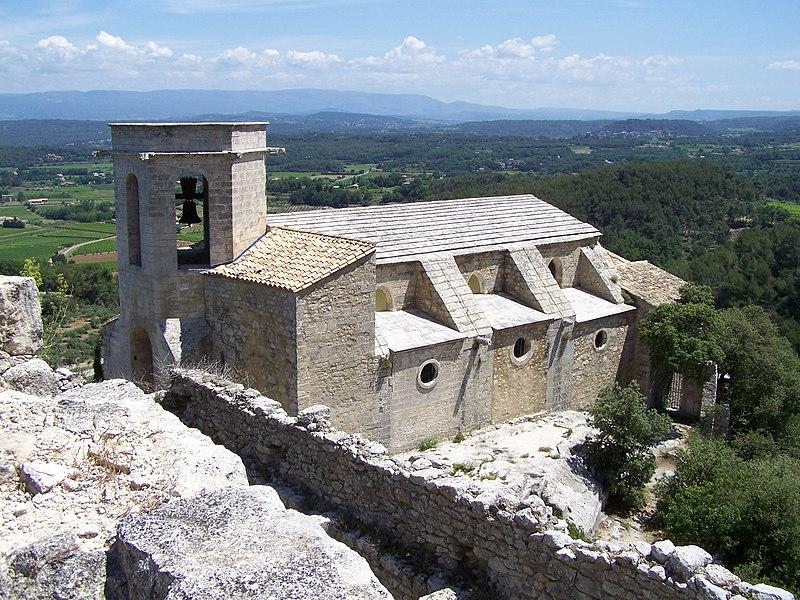 Photo du Monument Historique Eglise médiévale Notre-Dame-d'Alydon situé à Oppède