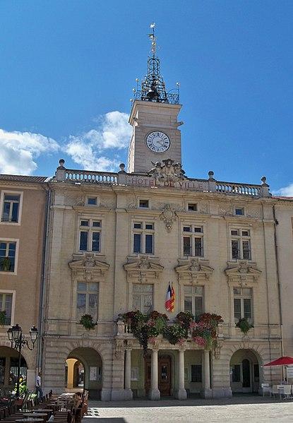 Photo du Monument Historique Hôtel de ville situé à Orange