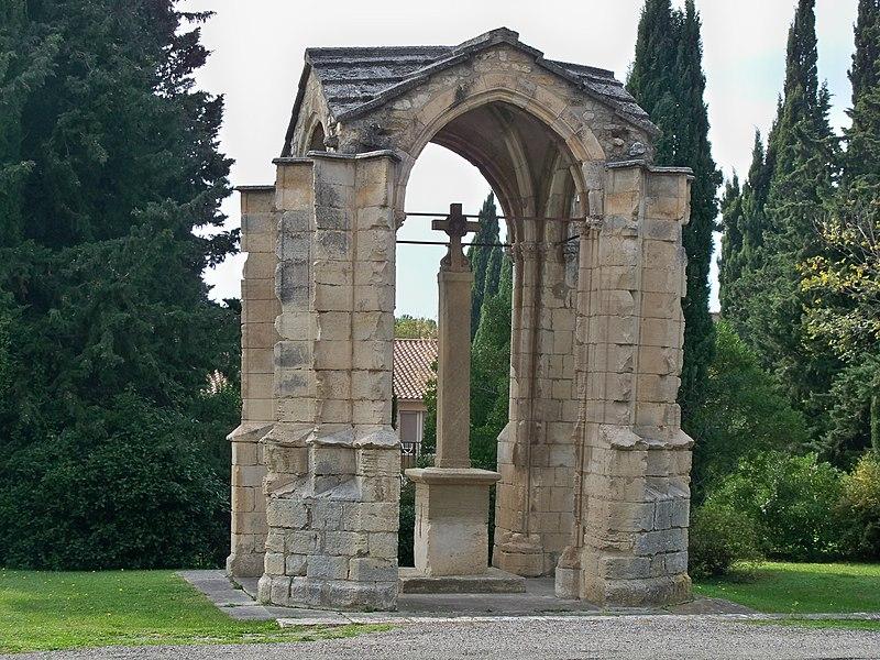 Photo du Monument Historique Croix couverte ou croix de Boët situé à Pernes-les-Fontaines