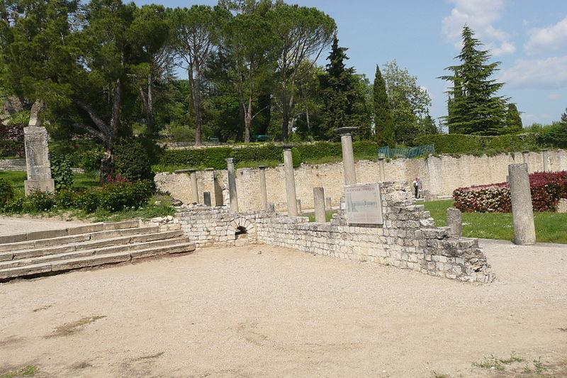 Photo du Monument Historique Terrains de fouilles gallo-romaines de la colline du Puymin (ensemble) situé à Vaison-la-Romaine
