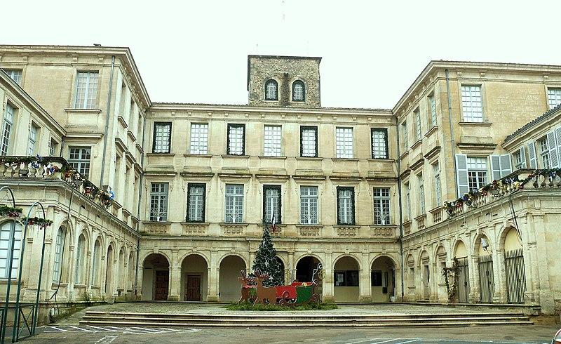 Photo du Monument Historique Hôtel de Simiane situé à Valréas
