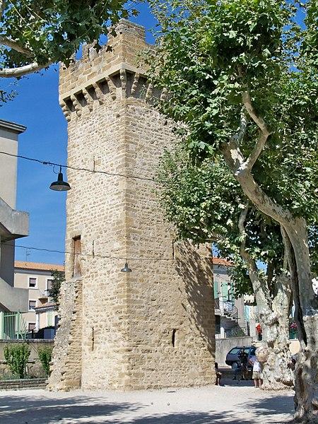 Photo du Monument Historique Tour de Tivoli situé à Valréas