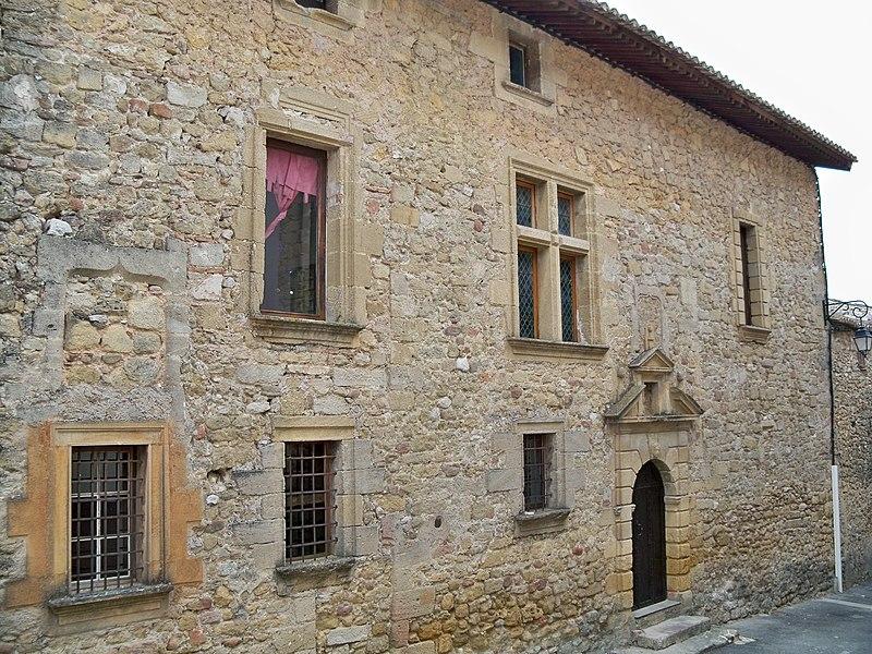 Photo du Monument Historique Hôtel des Bouliers situé à Vaugines