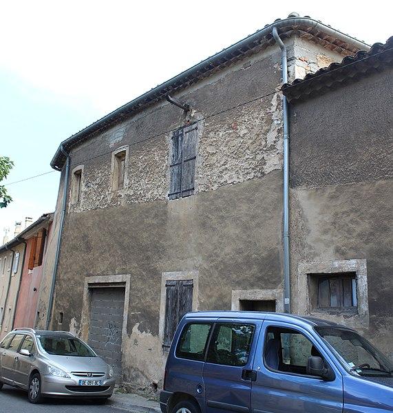 Photo du Monument Historique Faïencerie Esbérard situé à Apt