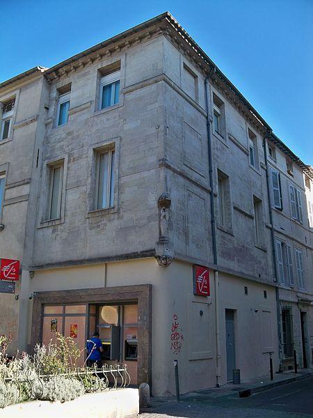 Photo du Monument Historique Bar du Centre situé à Avignon