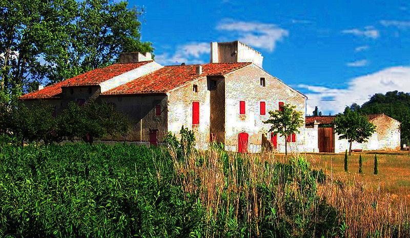 Photo du Monument Historique Maison de Langesse situé à Saint-Martin-de-la-Brasque