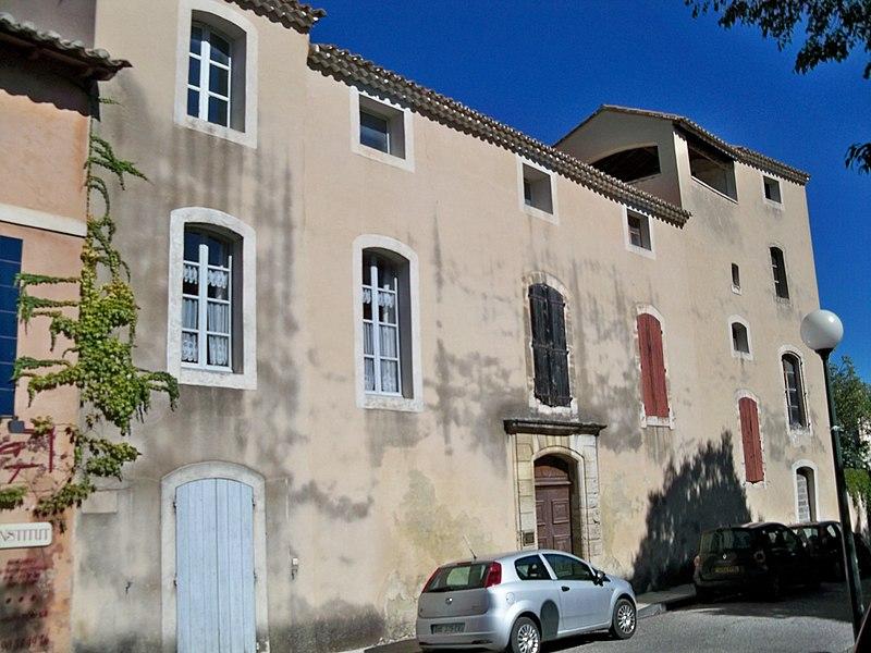 Photo du Monument Historique Ancien hôtel de Cheylus ou immeuble Valette situé à Pernes-les-Fontaines