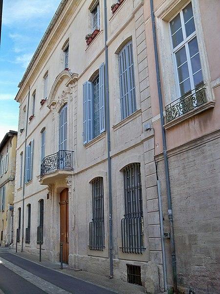 Photo du Monument Historique Ancien hôtel Thomas de la Valette dit aussi ancien hôtel du Comte de Modène ou ancien hôtel de Jocas situé à Carpentras