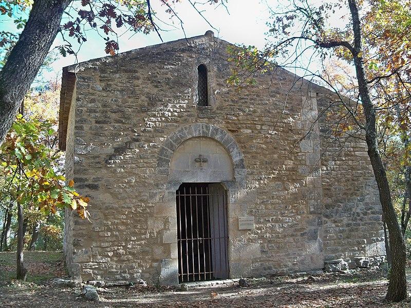 Photo du Monument Historique Chapelle Saint-Véran situé à Goult