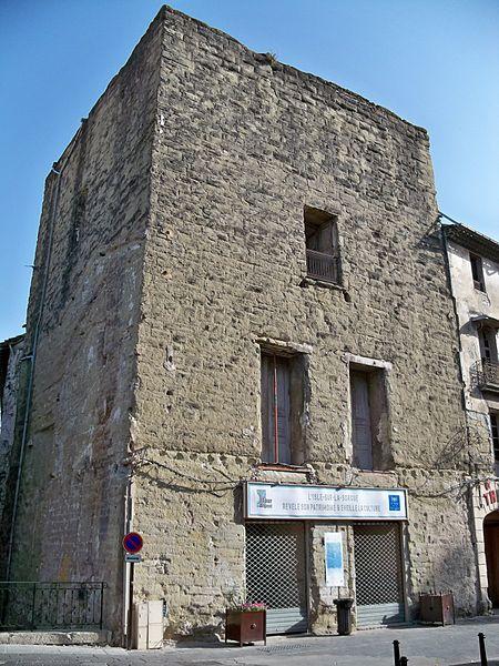 Photo du Monument Historique La Tour d'Argent situé à L'Isle-sur-la-Sorgue