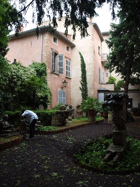 Photo du Monument Historique Ancien hôtel d'Agar situé à Cavaillon