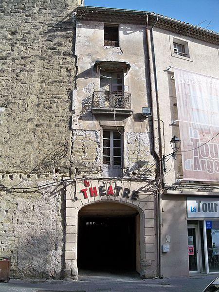 Photo du Monument Historique Ancien cinéma situé à L'Isle-sur-la-Sorgue