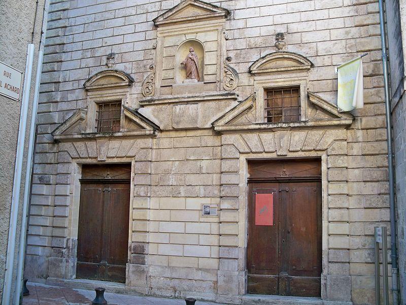 Photo du Monument Historique Chapelle des Récollets situé à Apt