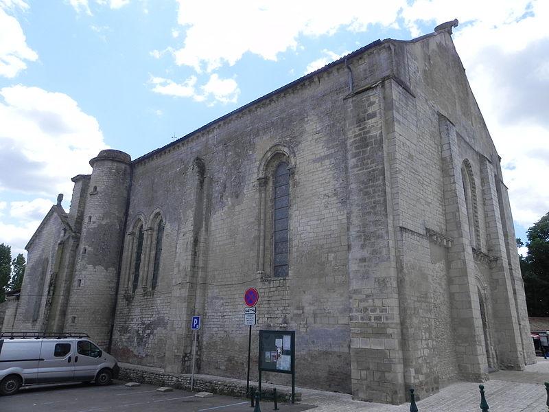 Photo du Monument Historique Eglise situé à Angles