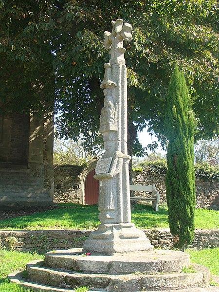 Photo du Monument Historique Cimetière situé à Apremont