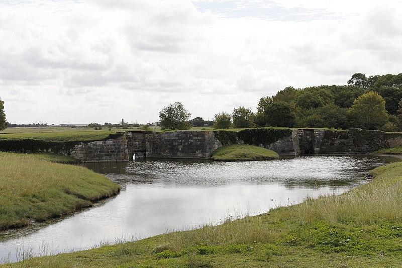 Photo du Monument Historique Ouvrages d'art situés sur le canal de la Taillée (également sur commune de Notre-Dame-de-Monts) situé à La Barre-de-Monts