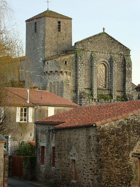 Photo du Monument Historique Eglise Saint-Nicolas situé à La Chaize-le-Vicomte