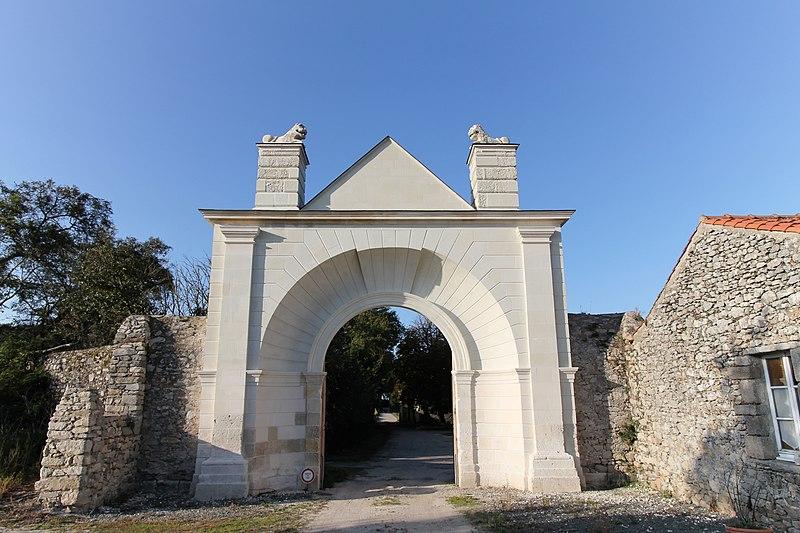 Photo du Monument Historique Abbaye de la Blanche situé à Noirmoutier-en-l'Ile