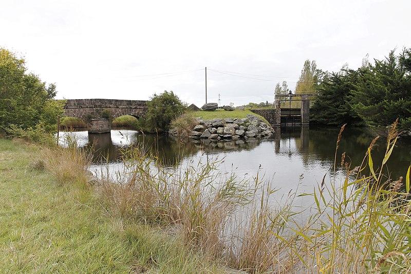 Photo du Monument Historique Ouvrages d'art sur le canal de la Taillée (également sur commune de La Barre-de-Monts) situé à Notre-Dame-de-Monts