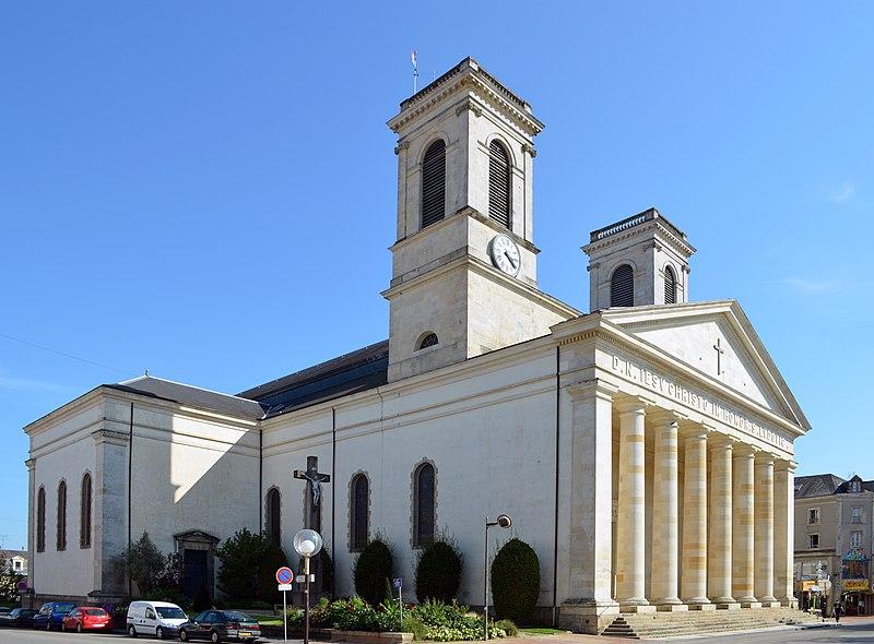 Photo du Monument Historique Eglise Saint-Louis situé à La Roche-sur-Yon