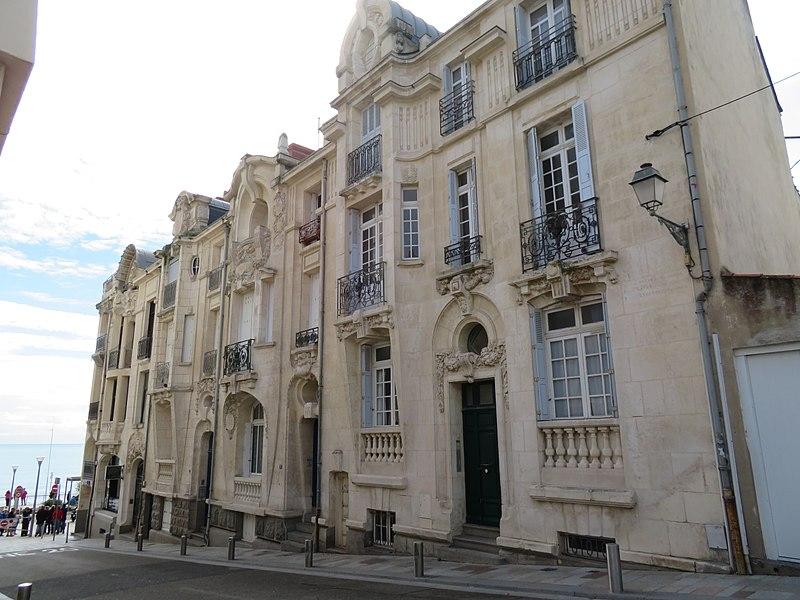 Photo du Monument Historique Immeubles situé à Les Sables-d'Olonne
