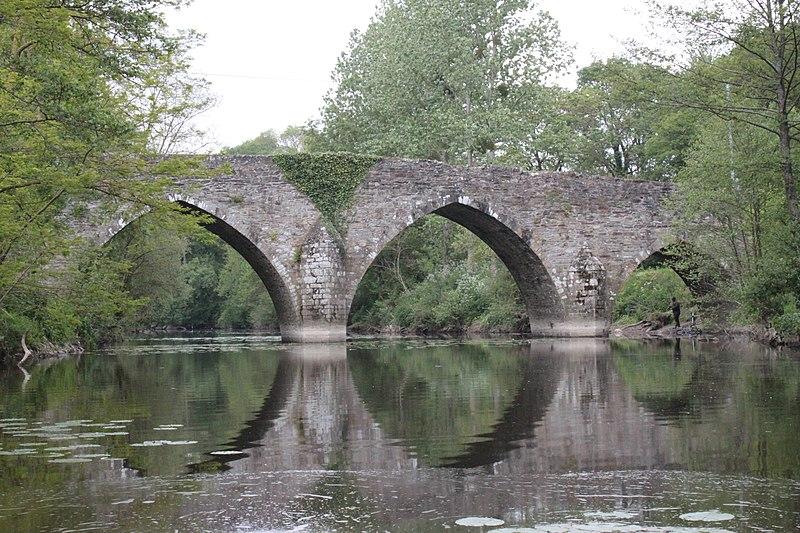 Photo du Monument Historique Pont de Sénard sur la Maine situé à Saint-Hilaire-de-Loulay